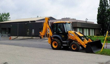 Advance Construction Equipment, selling new,used,JCB BackHoe,JCB